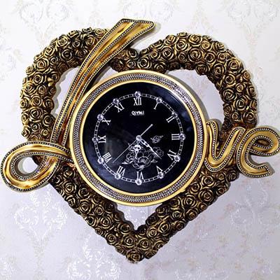 dong-ho-trang-tri-love-3
