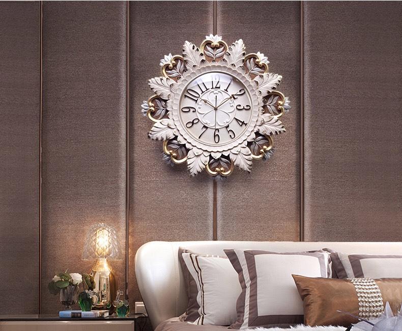 đồng hồ hoa cung đinh