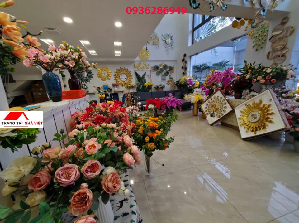 showroom-trang-tri-nha-viet-hcm