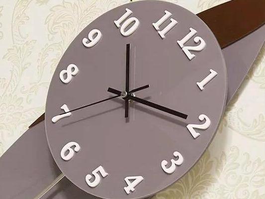 đồng hồ nghệ thuật ql07